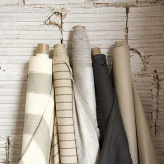 Filter yor fabric options by Color, Material or Pattern