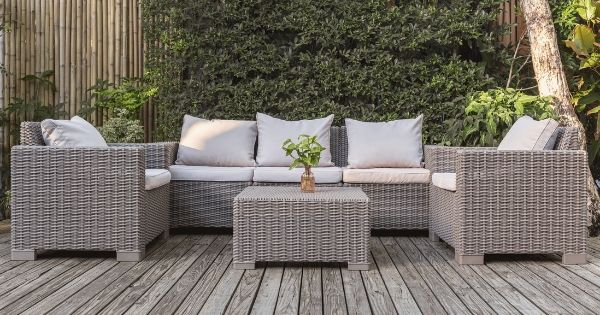 How to Protect Outdoor Furniture During All Seasons